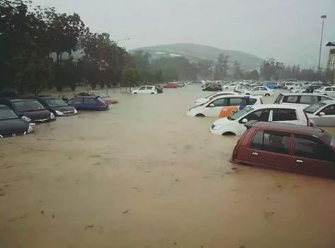 Tips perlu dibuat jika kereta ditenggelami air