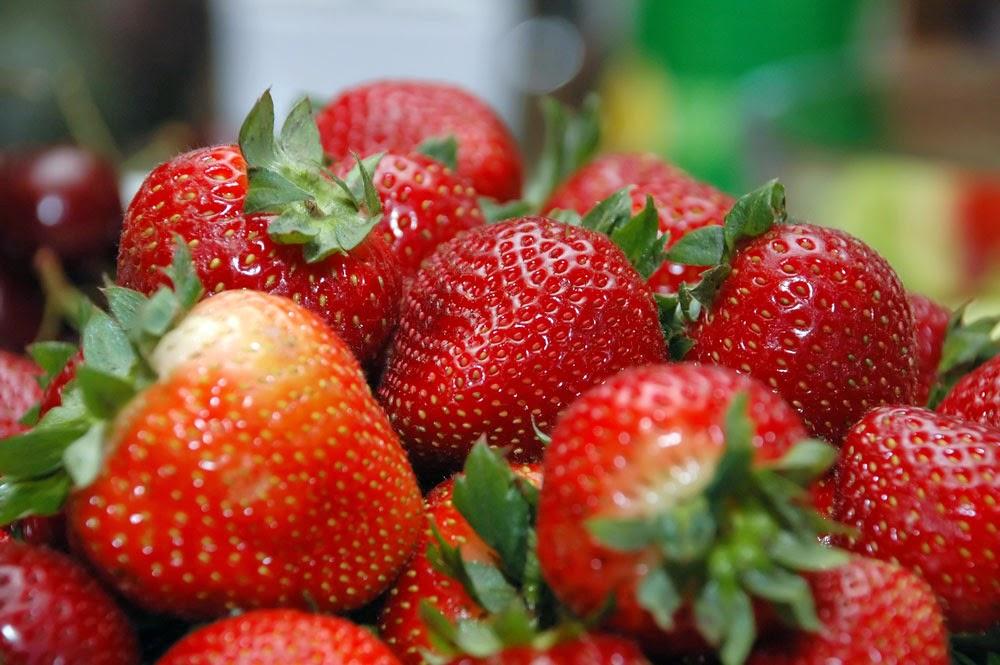 Khasiat buah strawberry untuk kecantikan dan kesehatan