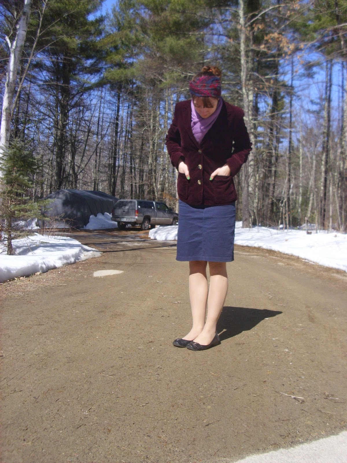 Springtime outfit blue and maroon headscarf ll Young Yankee Lady