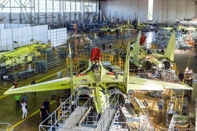 Mengintip Proses Pembuatan Jet Tempur Sukhoi Su-35