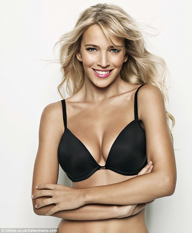 Lopilato models extreme cleavage with the new Ultimo push-up bra