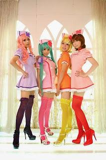 Ren Tasha Saya Huiyeon cosplay as Vocaloid Nurse Miku Luka Rin Len