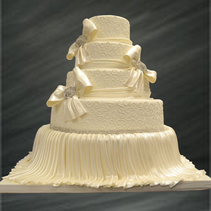 Angee\'s Eventions: 2013 Wedding Cake Trends