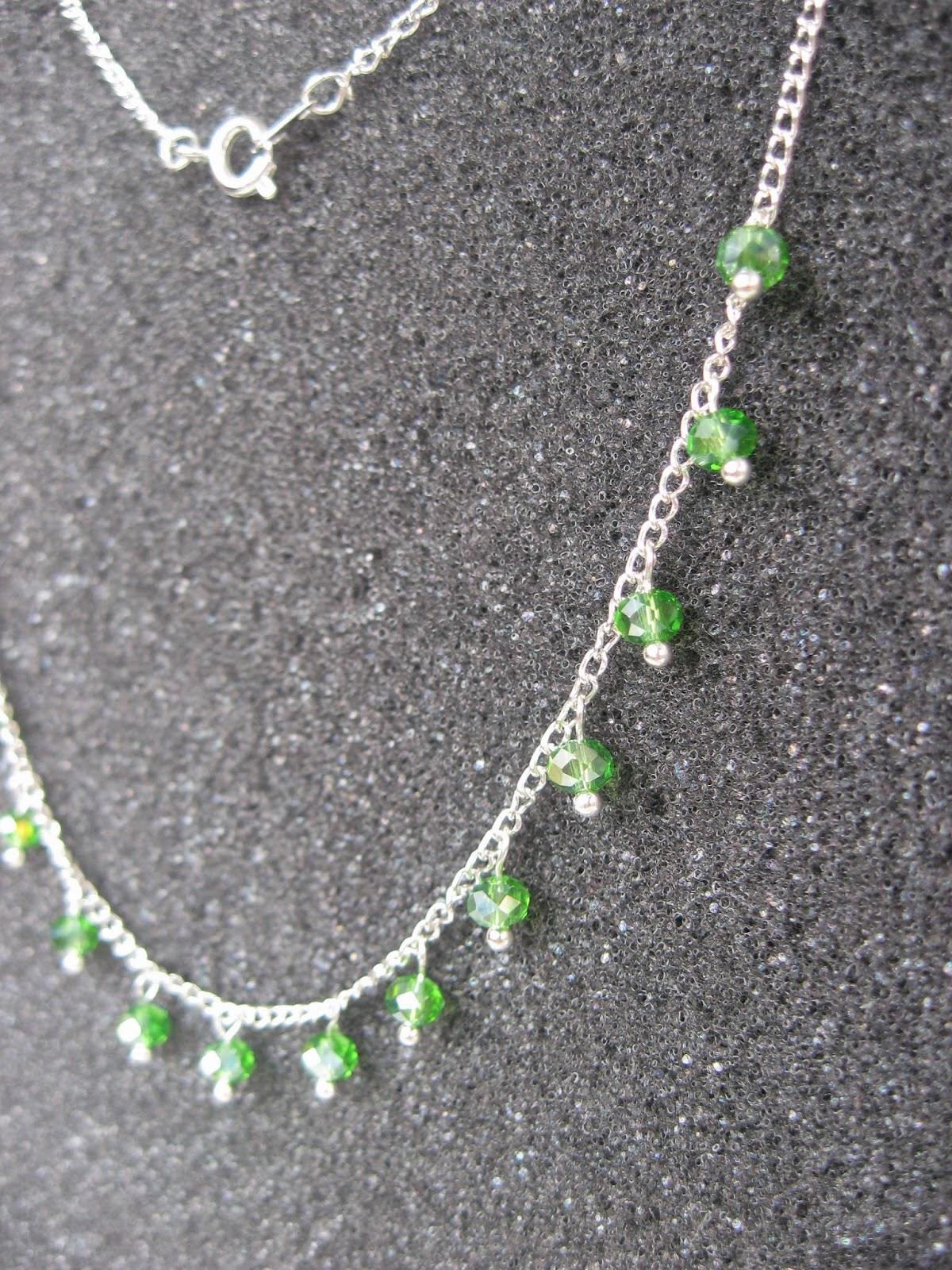 цепочка с бусинами, колье, ожерелье, украшение своими руками, бусины сваровски