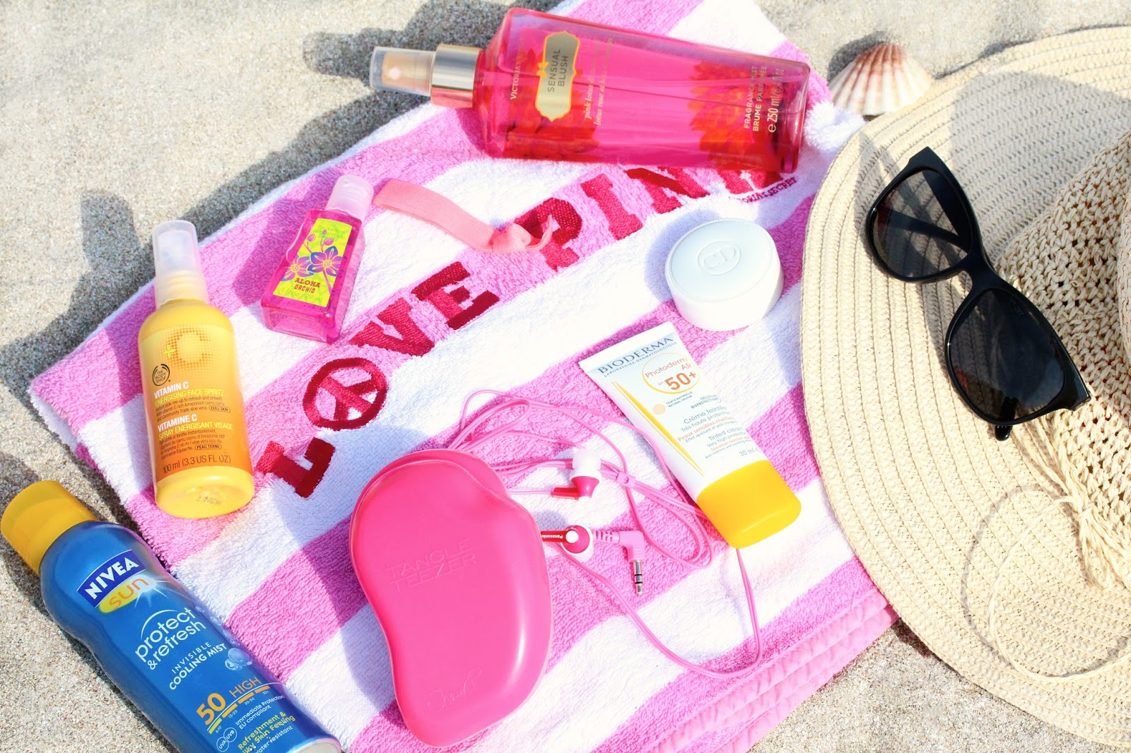 Beach / Pool Beauty Essentials