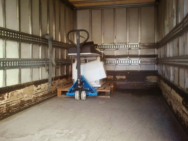 camión que se lleva material del hospital de Béjar
