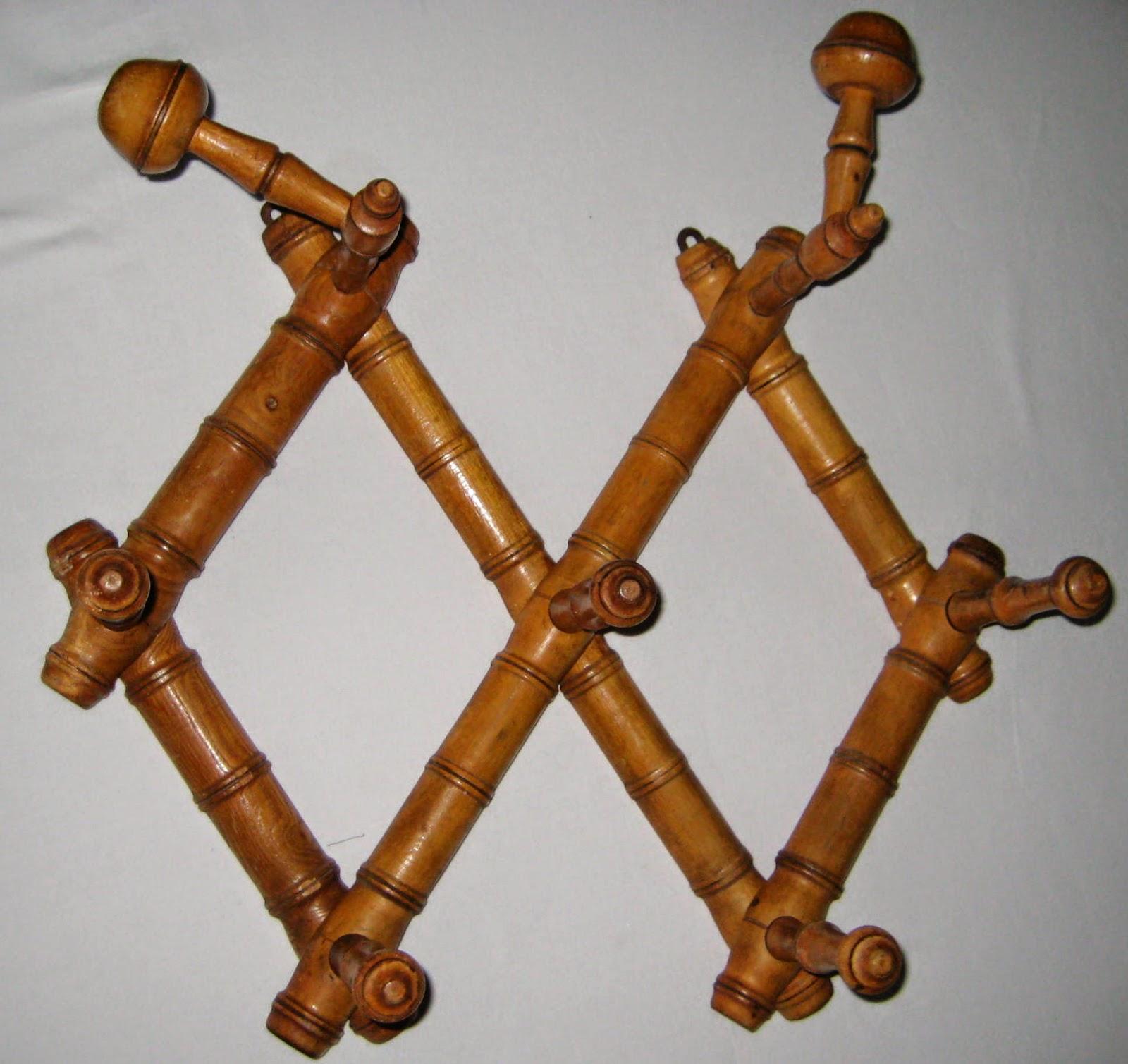 porte manteau vintage extensible bois fa on bambou 7 pat res les enfants de la brocante. Black Bedroom Furniture Sets. Home Design Ideas