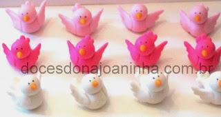 Pássaros em açúcar para festa das Pricesas