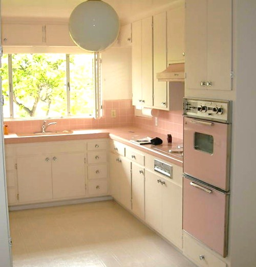 Farm Girl Pink  ~ Vintage Pink Kitchens random pictures that I