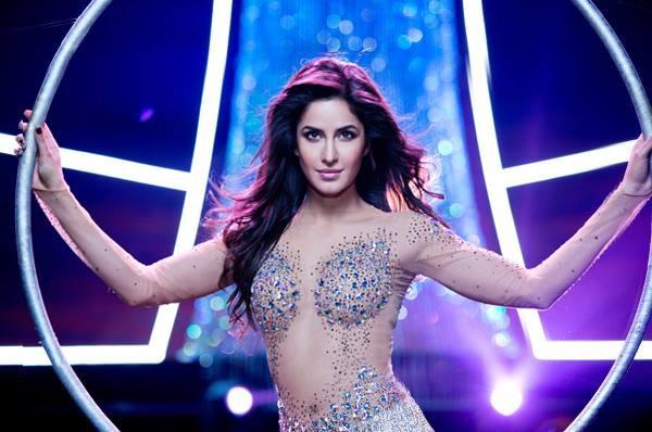 Katrina Kaif hot in transparent dress dhoom 3