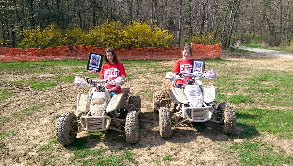 Andrea placed 1st in her class and 3rd overall on her DRR at Lightning. Alyssa placed 3rd in her class!#DRR #drrracing