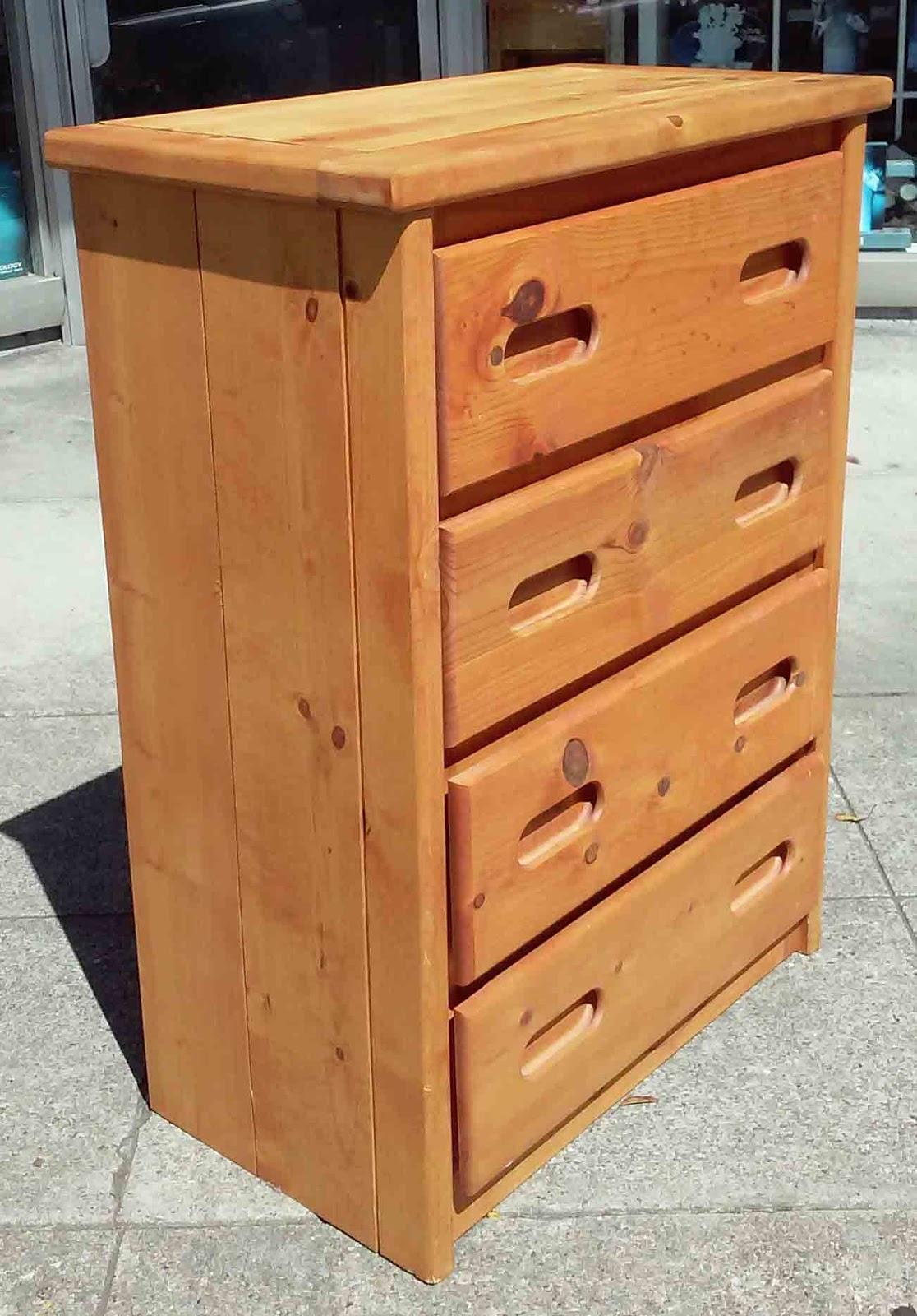 Uhuru Furniture Collectibles Sold Knotty Pine 4 Drawer Dresser 100