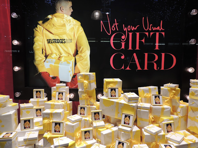 Visual Merchandising: The Giftcard