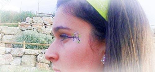 maquillaje de fantasia con flores