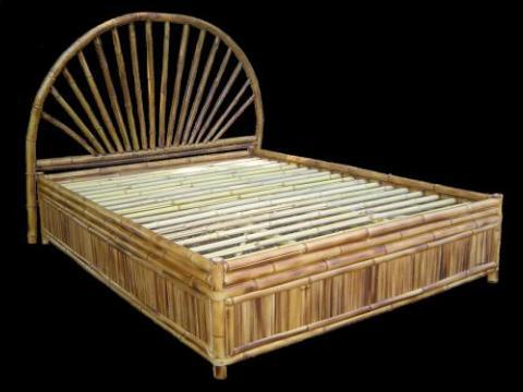 Cabecero y cama de bambu