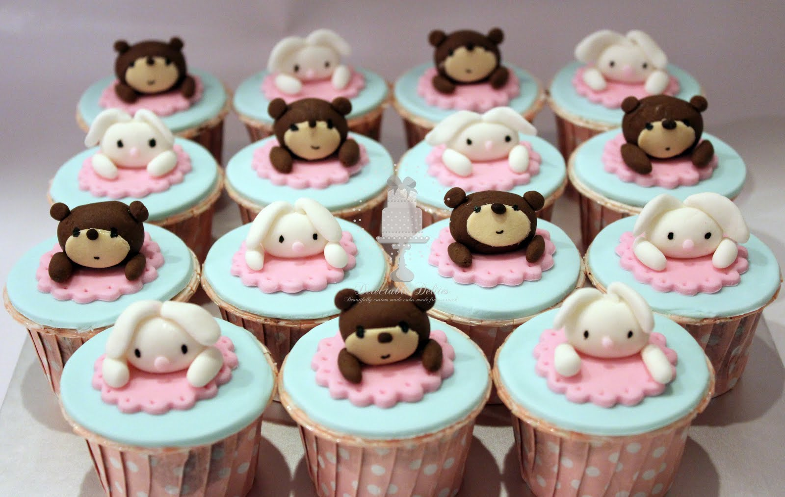 Delectable delites bunnies teddies cake cupcakes for - Jolie cupcake ...