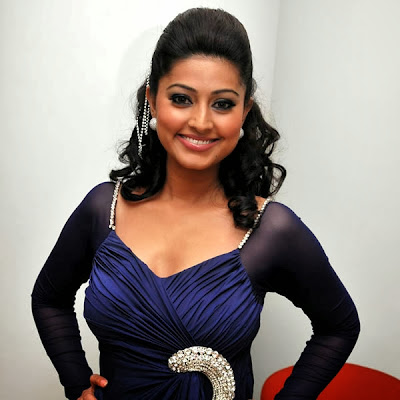 Sneha In Ramph Walk