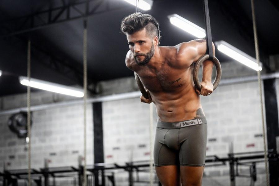 Bruno Gagliasso será transexual na versão internacional de 'Supermax'