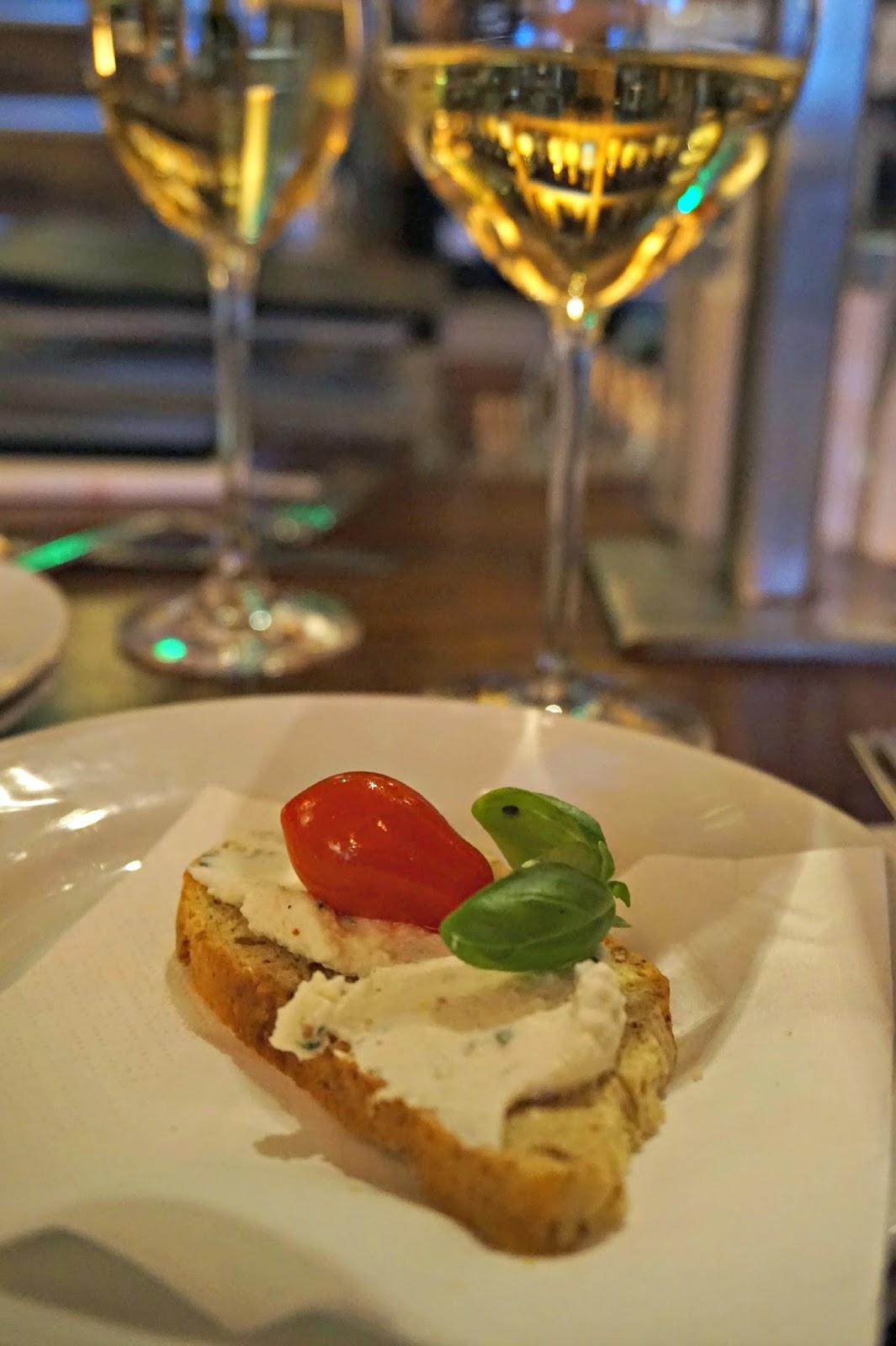 Canapes London Wine Week Vinoteca