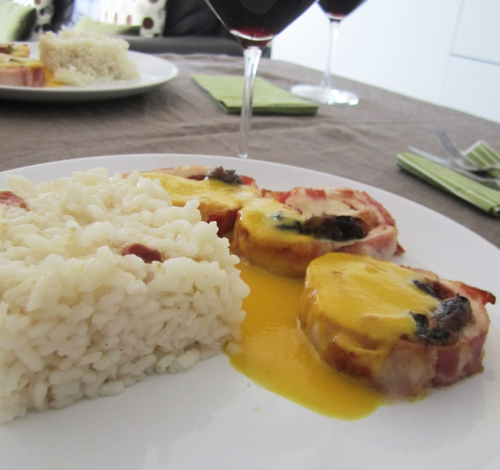 Un domingo en mi cocina rollo de pavo relleno con salsa de naranja y canela los mi rcoles - Salsa para relleno de carne ...