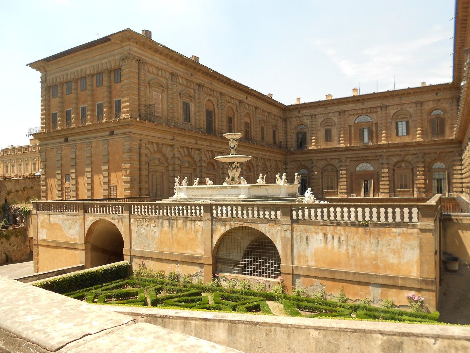 Ali 39 s study abroad adventure palazzo pitti giardinio di for Palazzo pitti