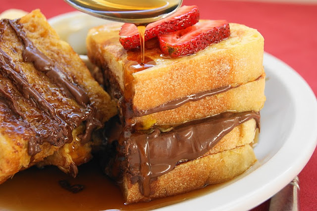 Nutella French Toast That's Too Sweet To Pass Up!