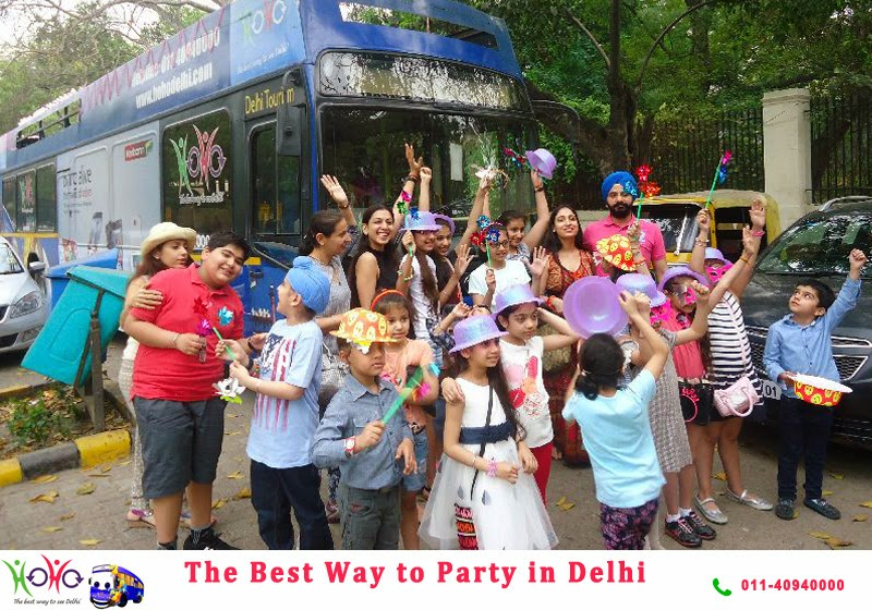 party in Delhi with HOHO bus