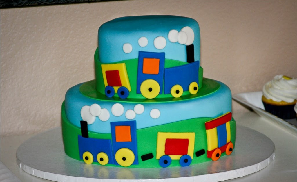 Cake With Train Design : Homemade by Hillary: Train Cake