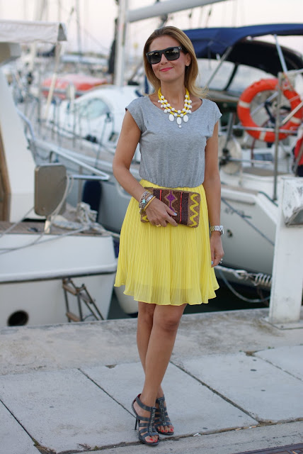 Stradivarius clutch, Woakao dress, Fashion and Cookies, fashion blogger