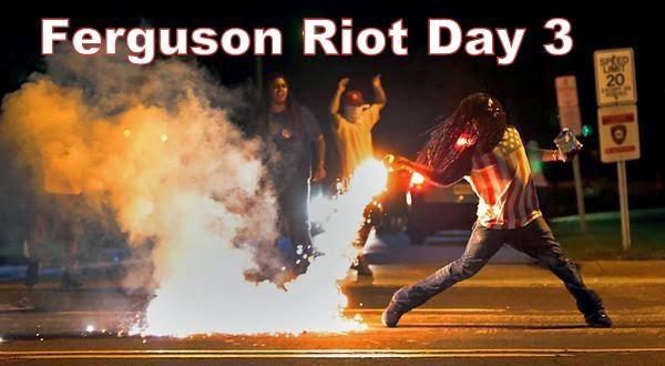 Iconic Ferguson Riot Day 3 Photo @eyeFLOODpanties