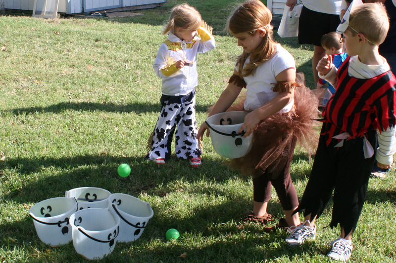 after a round of different games the kids played outside while lunch was prepared - Halloween Outside Games