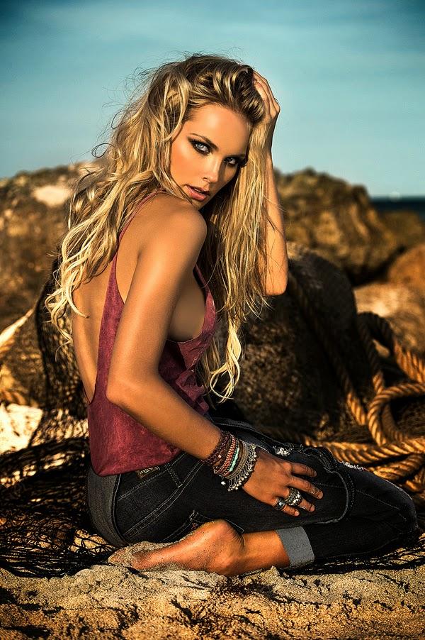 nueva-imagen-Style-H-Jeans-op-model-internacional-Karin-Donga