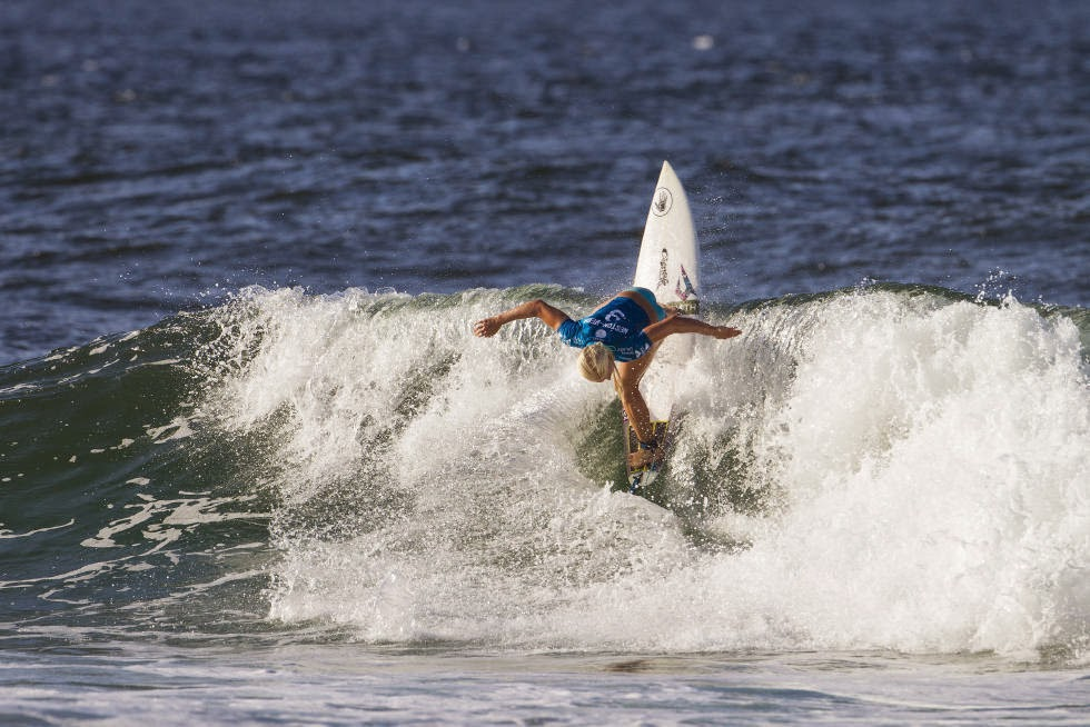 47 Roxy Pro Gold Coast 2015 Tatiana Weston Webb Foto WSL Kelly Cestari