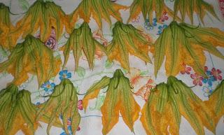 fiori di zucca ad asciugare