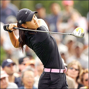 Michelle Sung Wie Professional Golf Female Star Biography And New Hot Images Gallery In 2013.