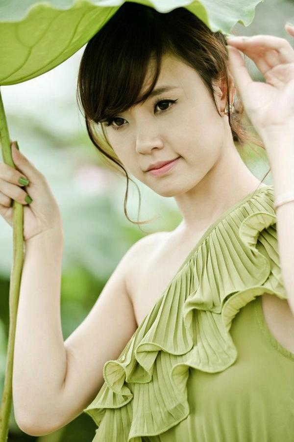 Hình ảnh hot girl Midu mới nhất 2013