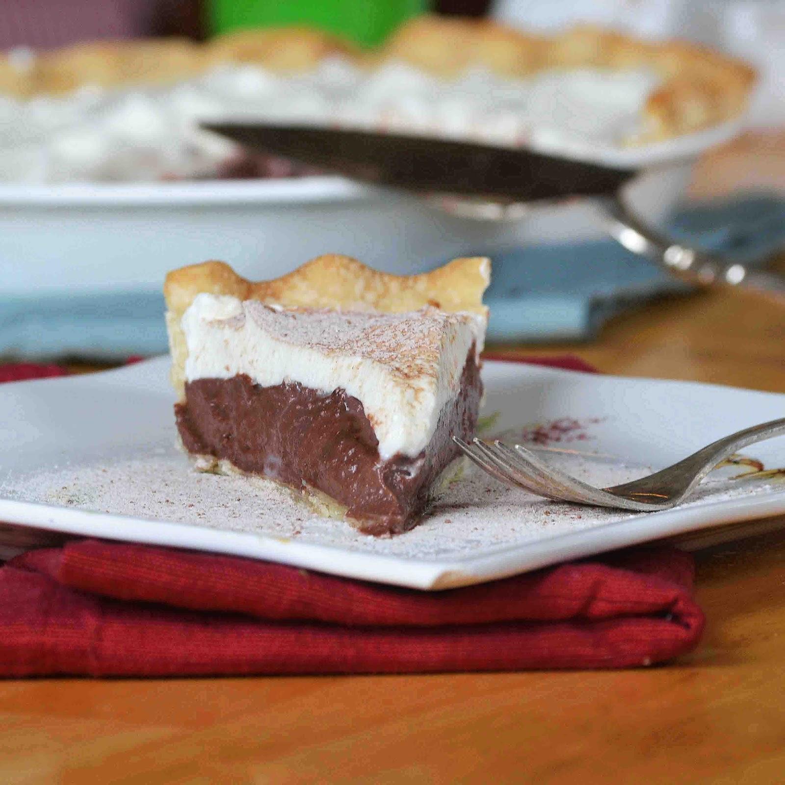 Bakeaholic Mama: Chocolate Peanut Butter Cream Pie