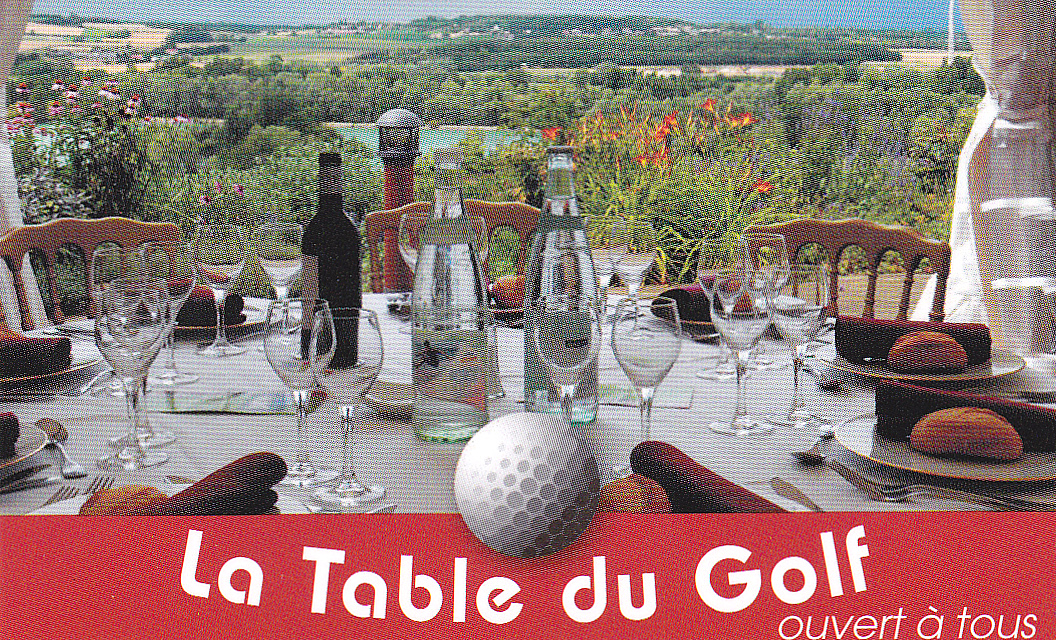 The Traveler 39 S Drawer La Table Du Golf Saint Cyr Vienne France