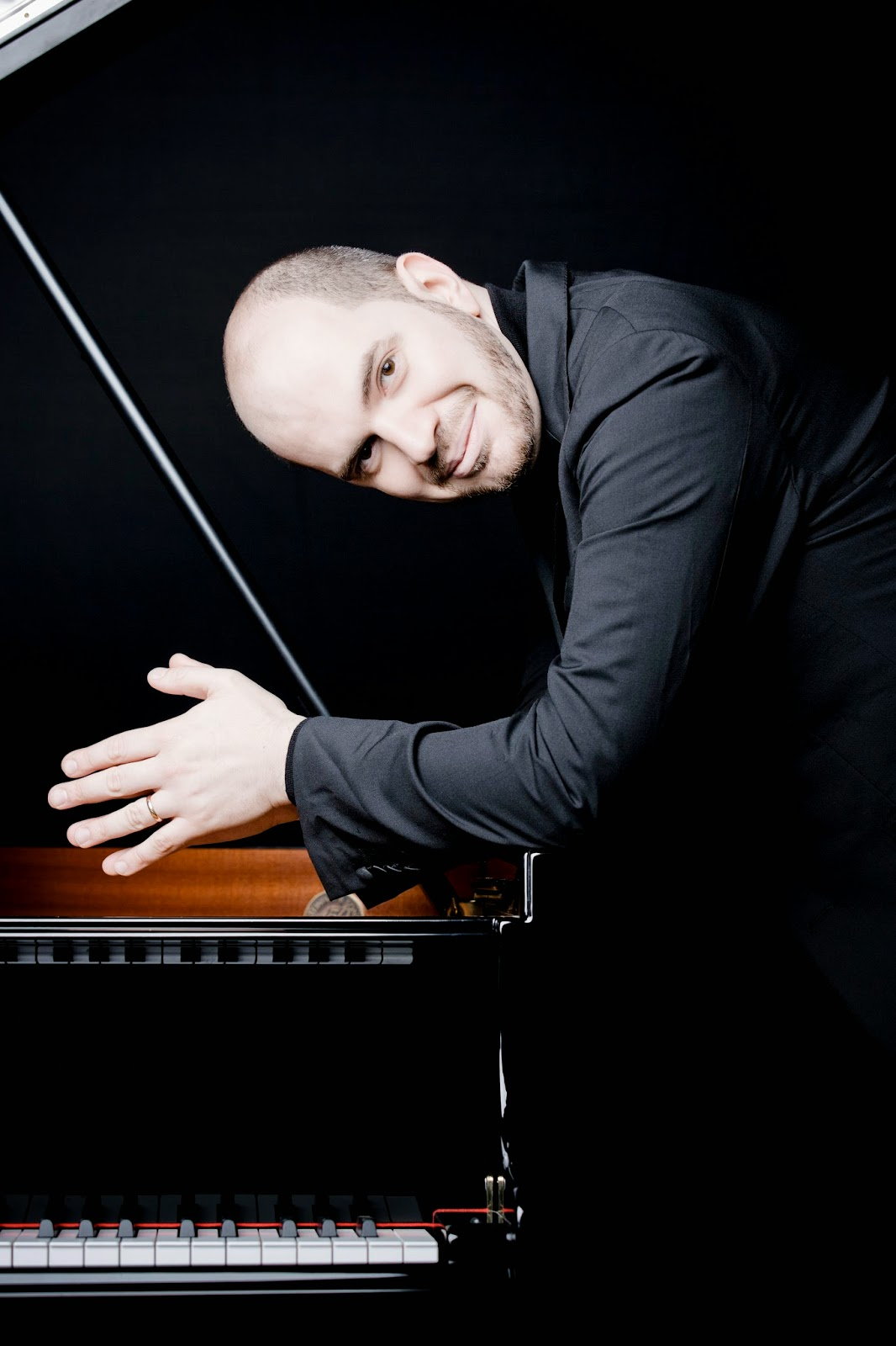 Kirill Gerstein - photo Marco Borggreve