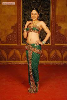 Pooja-Chopra-in-Rajakota-Rahasyam