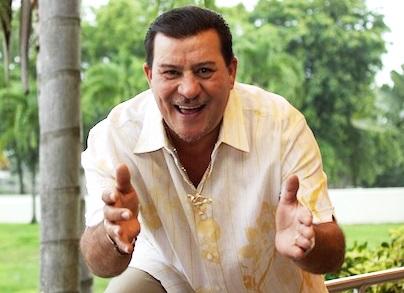 Tito Rojas con linda sonrisa