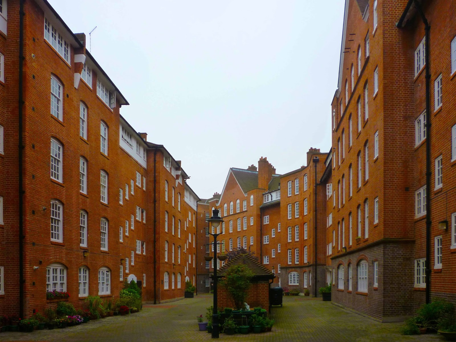 HOUSING AS CITY MAKING: THE LONDON MANSION BLOCK - Millbank Estate ...
