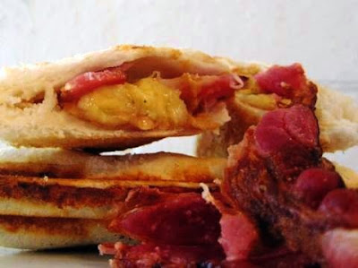 The Elvis Sandwich (Grilled Peanut Butter, Bacon, And ...