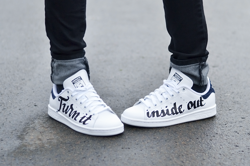 Turn it inside out // Biker black