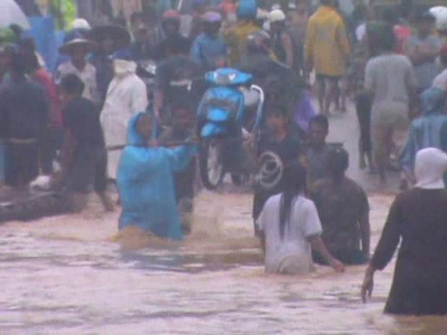 Separuh Konawe Masih Terendam Banjir