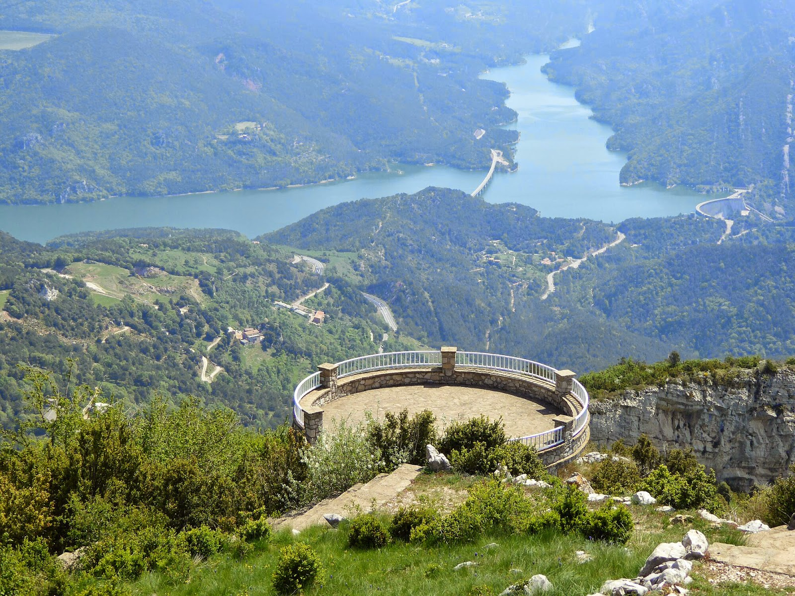 Muntanyes planes ngel colomer 062 berga mirador for El mirador de villalbilla