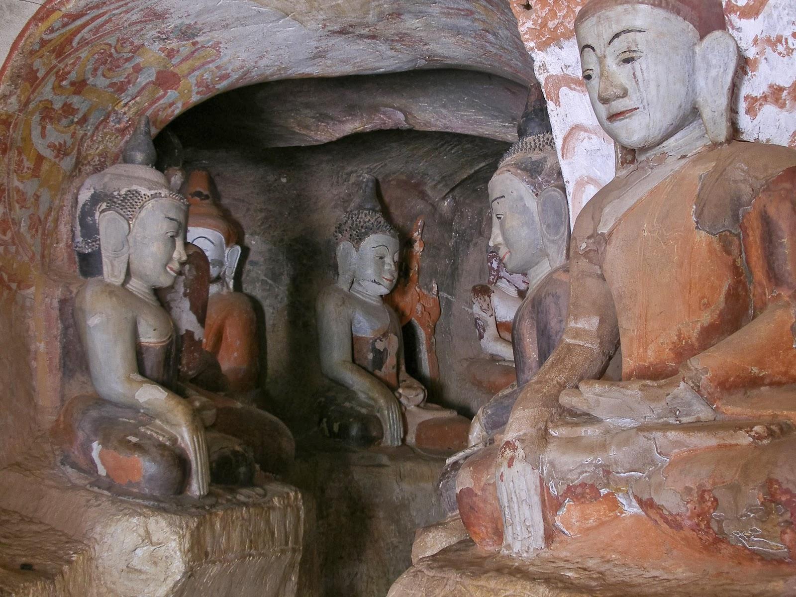 พระพุทธรูปในถ้ำ Hpo Win Daung