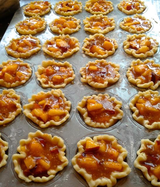 how to make mini peach tarts