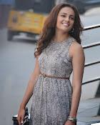 Seerath Kapoor latest glam pics-thumbnail-8