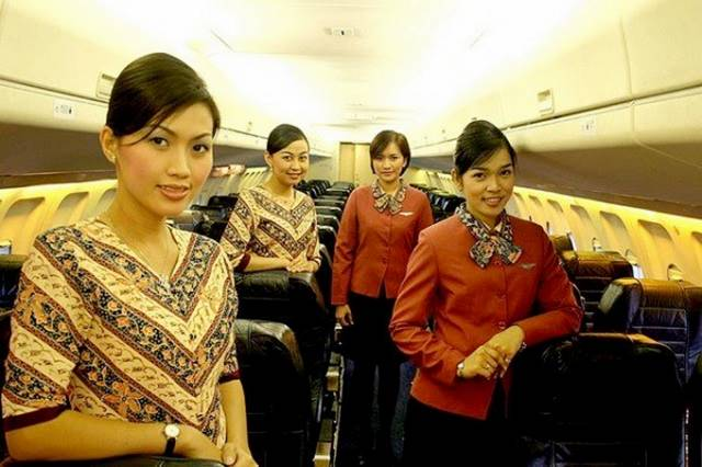 16Indonesia252CPelitaAirAirHostess - Air Hostess From Different Countries